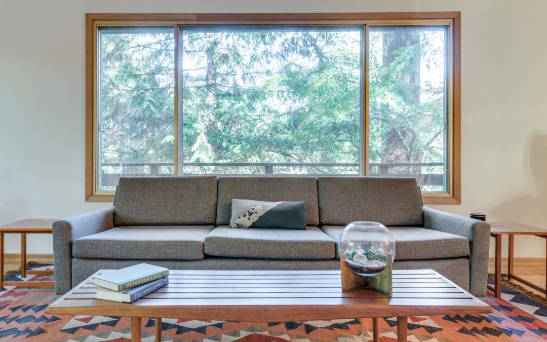 JUST LISTED: MID-CENTURY RETREAT